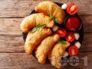 Рецепта Панцероти с домашно тесто и плънка с домати, моцарела и ароматни подправки
